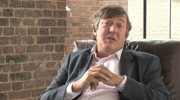 Mr. Stephen Fry introduces you to free software, and reminds you of a very special birthday.