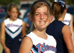 781026_cheerleader