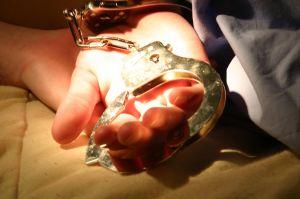 Noah handcuffs
