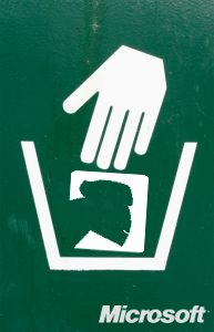 Trash sign with Mono
