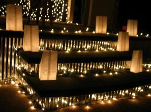 Holiday luminarias
