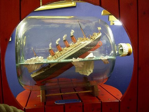Titanic in jar