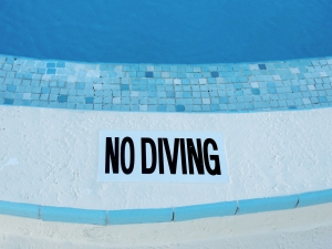No diving at the pool