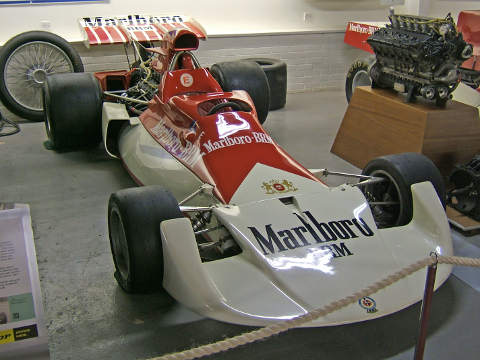 BRM P180