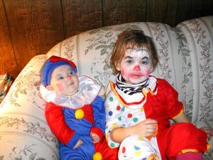 Kid clowns
