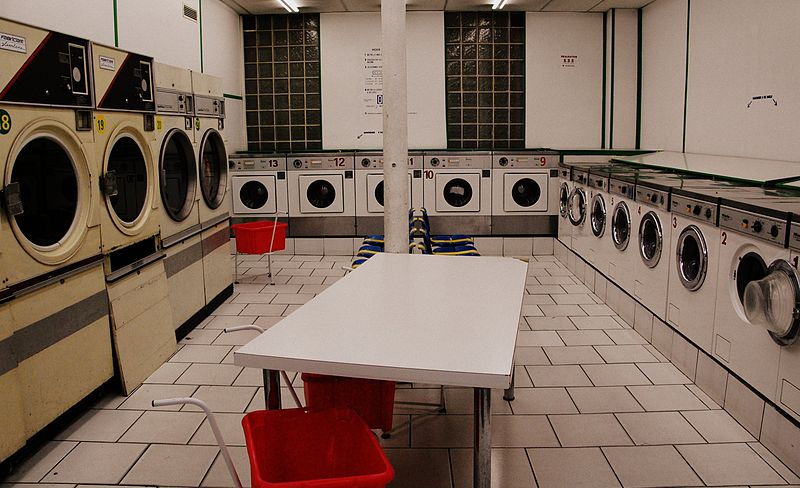 Laundry in Paris