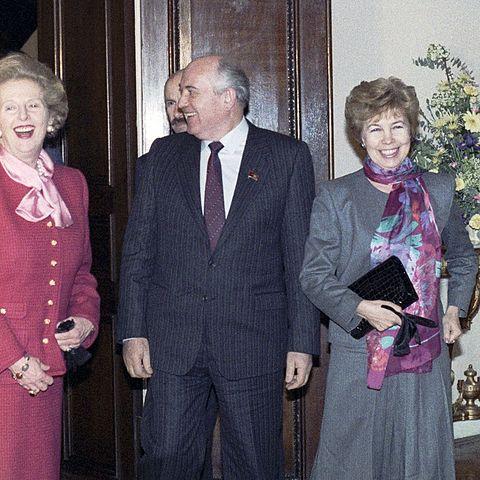 Mikhail Gorbachev meets Margaret Thatcher