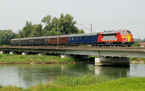 Balkan Express crossing the Isar in Bavaria