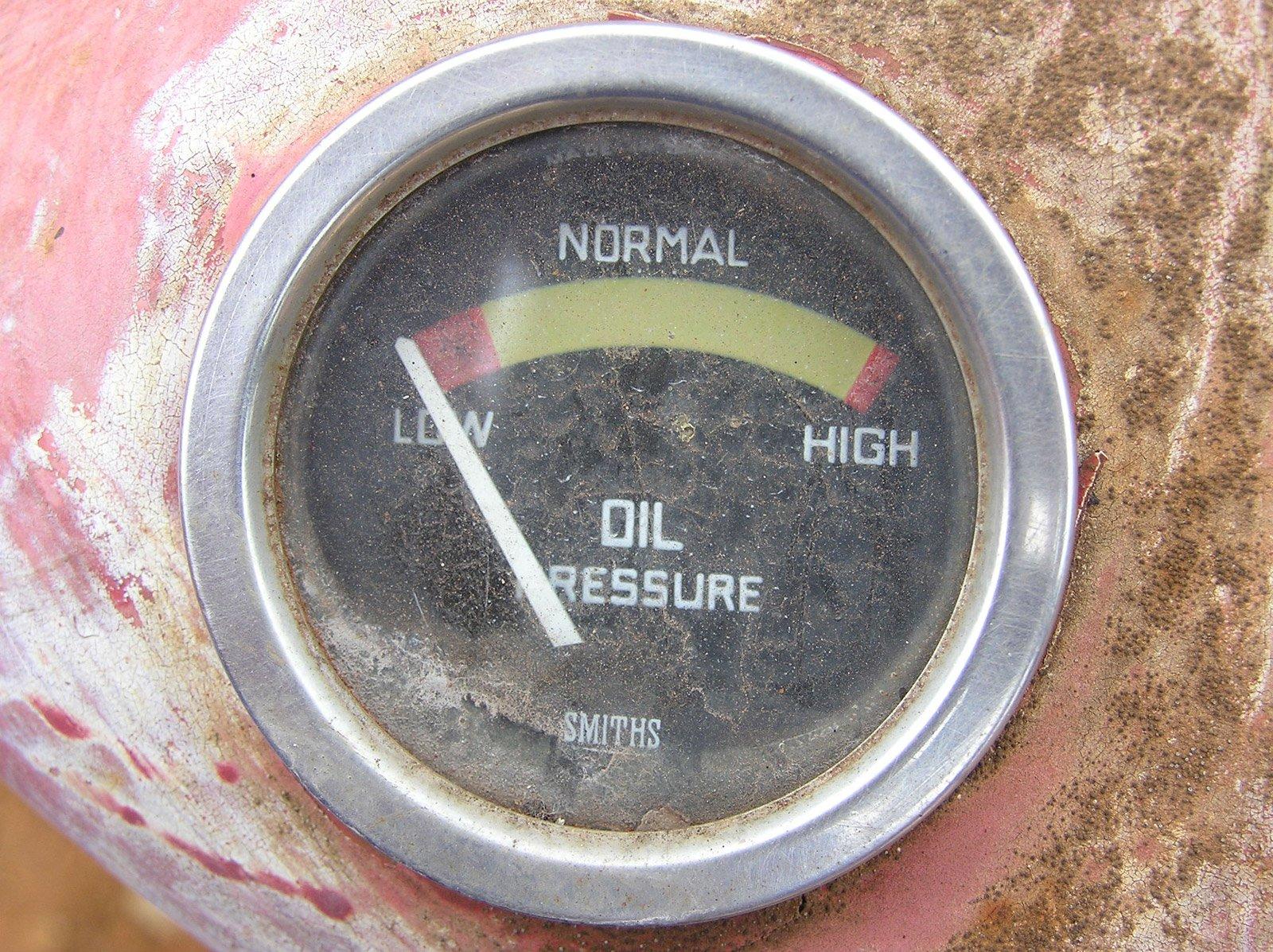 A tractor's oil pressure guage