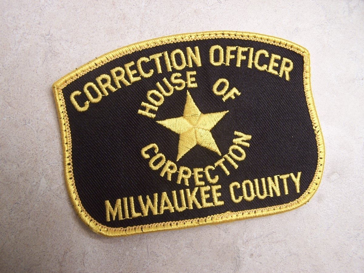 SEP corrects/corrections officer