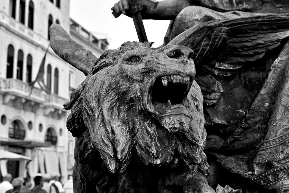Lion's statue