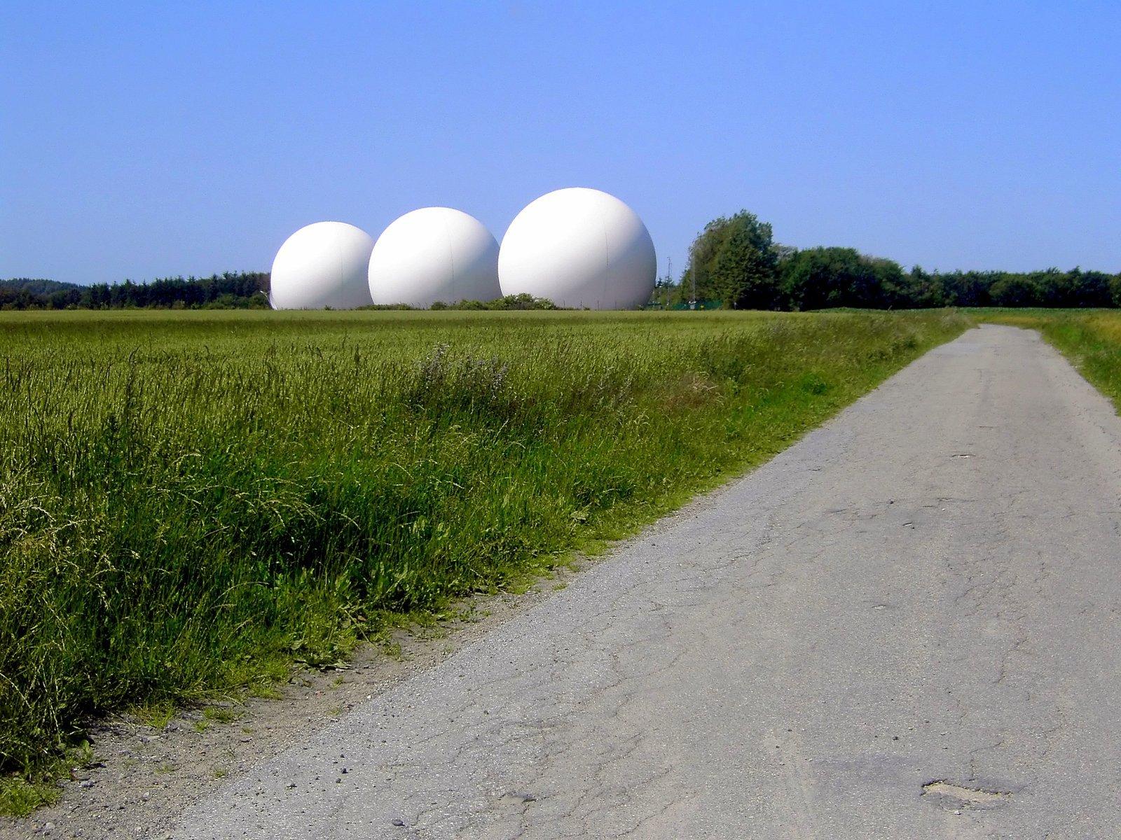 Echelon radar
