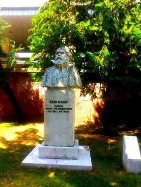 Karl Marx, Sofia